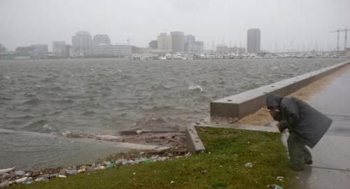 Uragano Sandy: New York si sveglia deserta